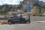 Tragedia sfiorata a Corigliano, uomo ubriaco incendia casa. Arrestato un 38enne