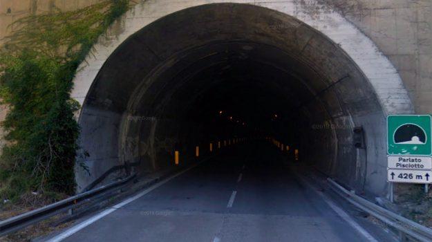 autostrada a20, cefalù, galleria Parlato, messina, Messina, Cronaca