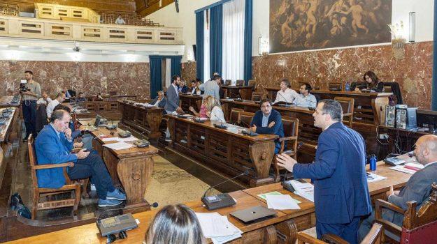 consiglio comunale, messina, Cateno De Luca, Messina, Politica