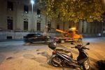 Pulizia e scerbature a Messina, oltre 80 auto in sosta vietata portate via dal carro attrezzi