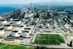 """Milazzo, le """"fumate"""" della Raffineria: nessuna trasparenza sui dati"""