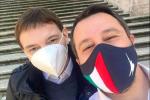 """Caso Morisi, i racconti e le testimonianze dei """"festini"""": bufera su Lega e Salvini"""