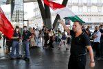 I due manifestanti a Napoli