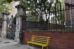 Castrovillari, presa di mira dai vandali la panchina antibullismo