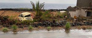Pantelleria, task force di vigili soccorre la popolazione dopo la tromba d'aria. Sette dimessi