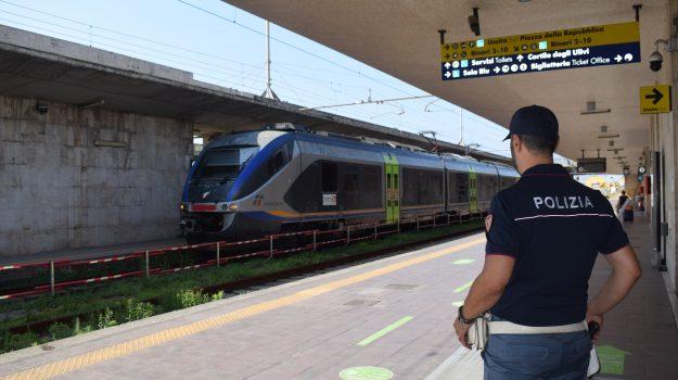 immigrazione, messina, stazione, Messina, Cronaca