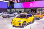 Renault 5 Prototype incontra le sue antenate al Salone di Monaco
