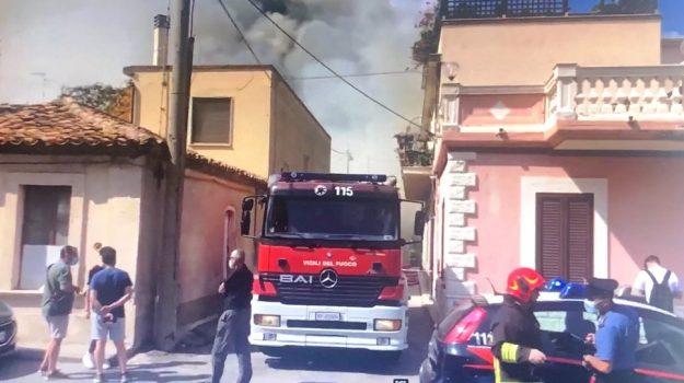 incendio capannone, siderno, Reggio, Cronaca