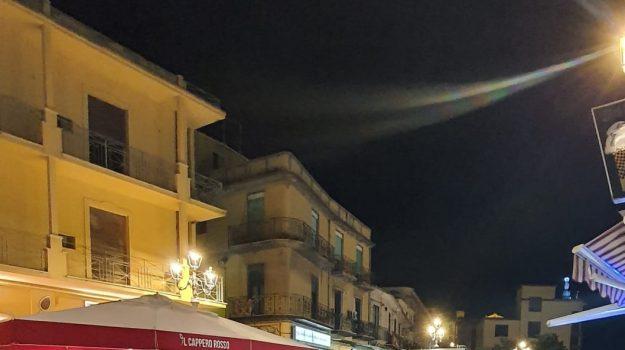 piazza della repubblica, pizzo, tavolini, Catanzaro, Cronaca