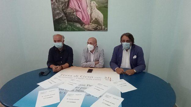 coronavirus, covid, indigenti, migranti, vaccini, Alberto Firenze, Francesco Certo, Messina, Cronaca