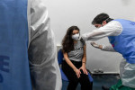 Coronavirus, tre calabresi su 4 sono vaccinati. Solo i giovani sono in ritardo