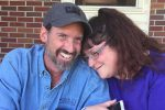 Marito e moglie no vax morti di Covid in Virginia: lasciano 5 figli