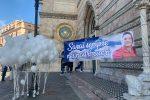 """L'operaio morto sotto il viadotto Ritiro, l'ultimo saluto a Salvatore Ada: """"Sempre nei nostri cuori"""" FOTO"""