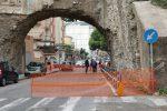 Messina, l'Arco di Cristo Re perde pezzi: transennata la zona FOTO | VIDEO