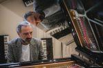 Stefano Bollani, il piano e Jesus Christ Superstar L'INTERVISTA