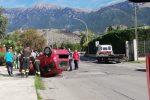 Incidente a Castrovillari, auto carambola e si ribalta: donna in prognosi riservata FOTO