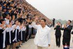 Il leader nord-coreano Kim Jong-Un ha perso 20 kg e non è malato