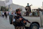 Afghanistan, bomba vicino a moschea di Kabul: almeno 12 morti e 32 feriti