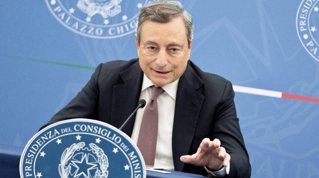 green pass, obbligo, Mario Draghi, Sicilia, Cronaca