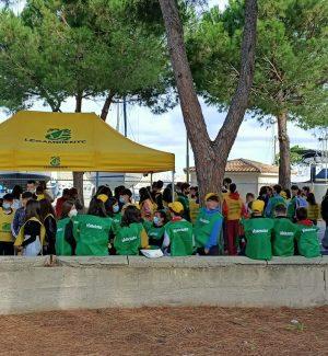 Tropea, alla Pineta volontari e scolaresche per 'Puliamo il tuo parco!' di Vallelata e Legambiente