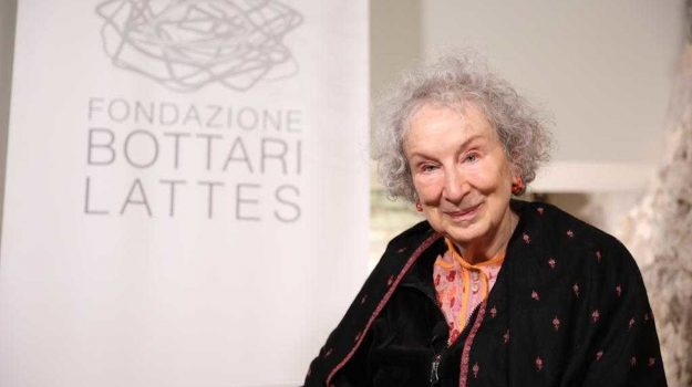 Margaret Atwod, Sicilia, Cultura
