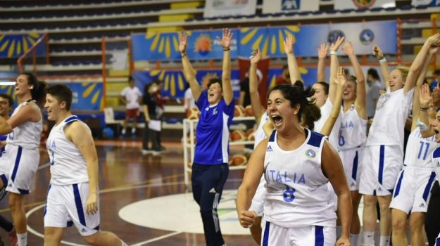 """L'Italia del Basket sorde campione d'Europa: il capitano è la messinese Simona Cascio. """"Cosa abbiamo fatto?"""""""