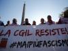 Roma si colora di antifascisti, sindacati e lavoratori in piazza da tutta Italia FOTO