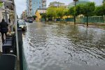 Pioggia battente a Cirò Marina, problemi in via della Libertà