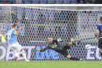 La Lazio ribalta l'Inter, nerazzurri furiosi con Felipe Anderson. Remuntada Milan, da 0-2 a 3-2