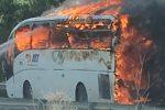 Bus in fiamme nel Trapanese. Tanta paura, ma nessun ferito