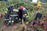 Incidente stradale a Lamezia, auto si ribalta in una scarpata. Un ferito in ospedale