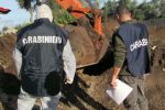 'Ndrangheta e traffico di rifiuti da Gioia Tauro al Nord Italia, i Piromalli gestivano la filiera: 19 arresti
