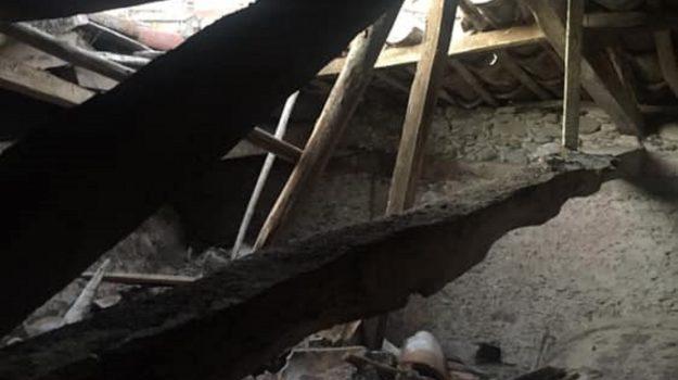 marcellinara, tetto chiesa crollato, Catanzaro, Cronaca
