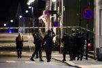 Norvegia, armato di arco e frecce uccide cinque persone. Arrestato, non si esclude un atto di terrorismo