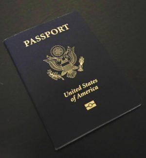 Usa: emesso il primo passaporto con la X per il terzo genere