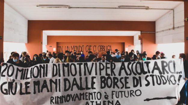 protesta, unical, universitari, Cosenza, Cronaca