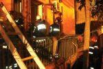 Incendio nella notte nel Catanese. Morto un 51enne, la moglie è rimasta ferita