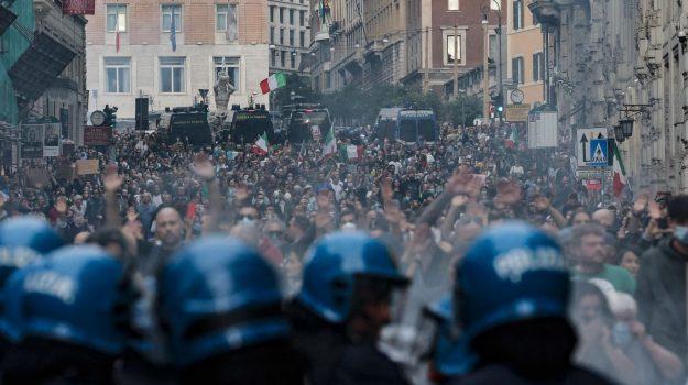 scontri green pass a roma, Andrea Orlando, Mario Draghi, Sicilia, Cronaca, Politica