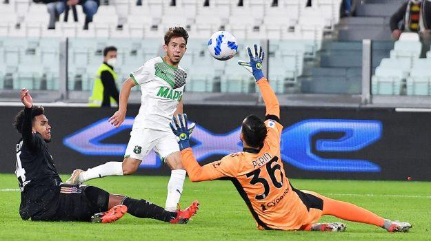 Clamoroso flop della Juve, il Sassuolo è corsaro. Vincono Inter, Lazio, Atalanta e Roma