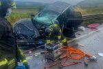 Spezzano, scontro frontale tra 2 auto sulla Provinciale: 4 feriti. Uno è grave